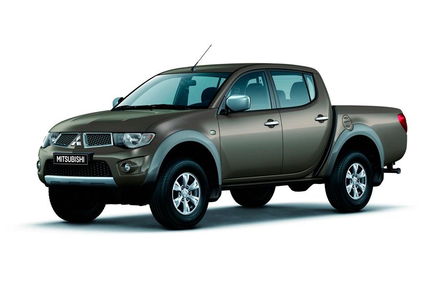 mitsubishi-l200-pickup-4th-generation-2-5-di-d-mt-4wd-136-hp-invite-s99-2013--1[1]